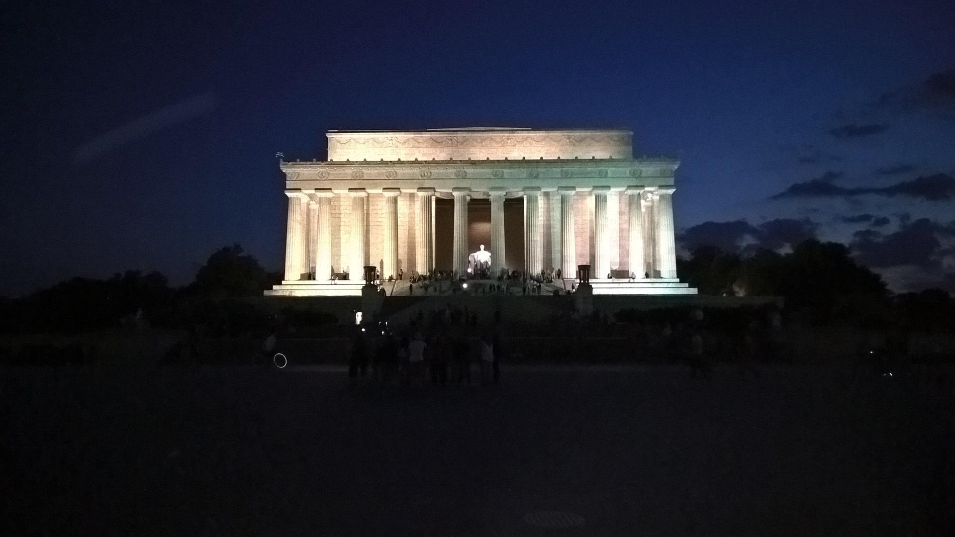 Linkoln Memorial: Drinnen sitzt der große Herr