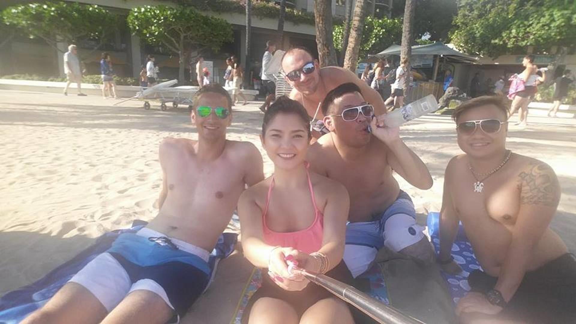 Die drei Damen: Kha, Chay und Mike; Der eine Herr: Kelly