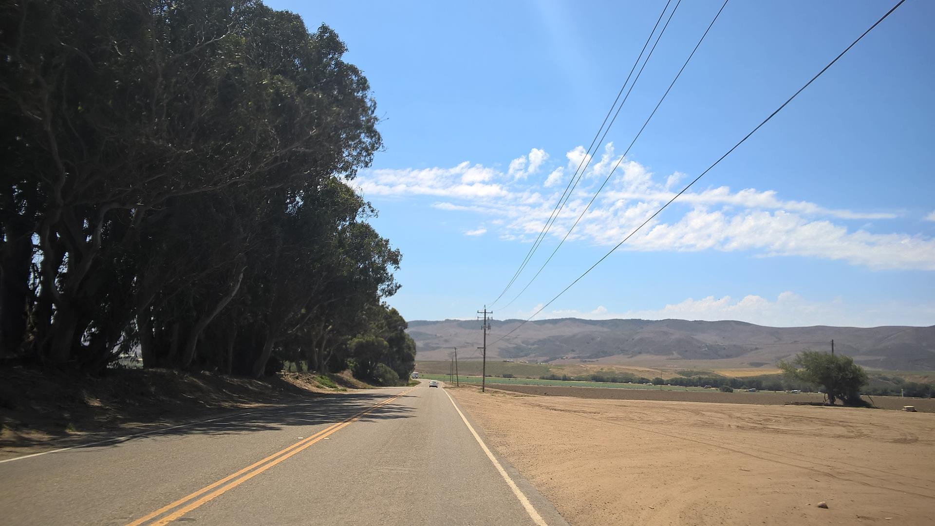 Die Straße des Highways war,...