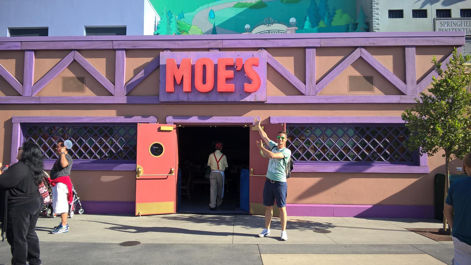 Moes Taverne