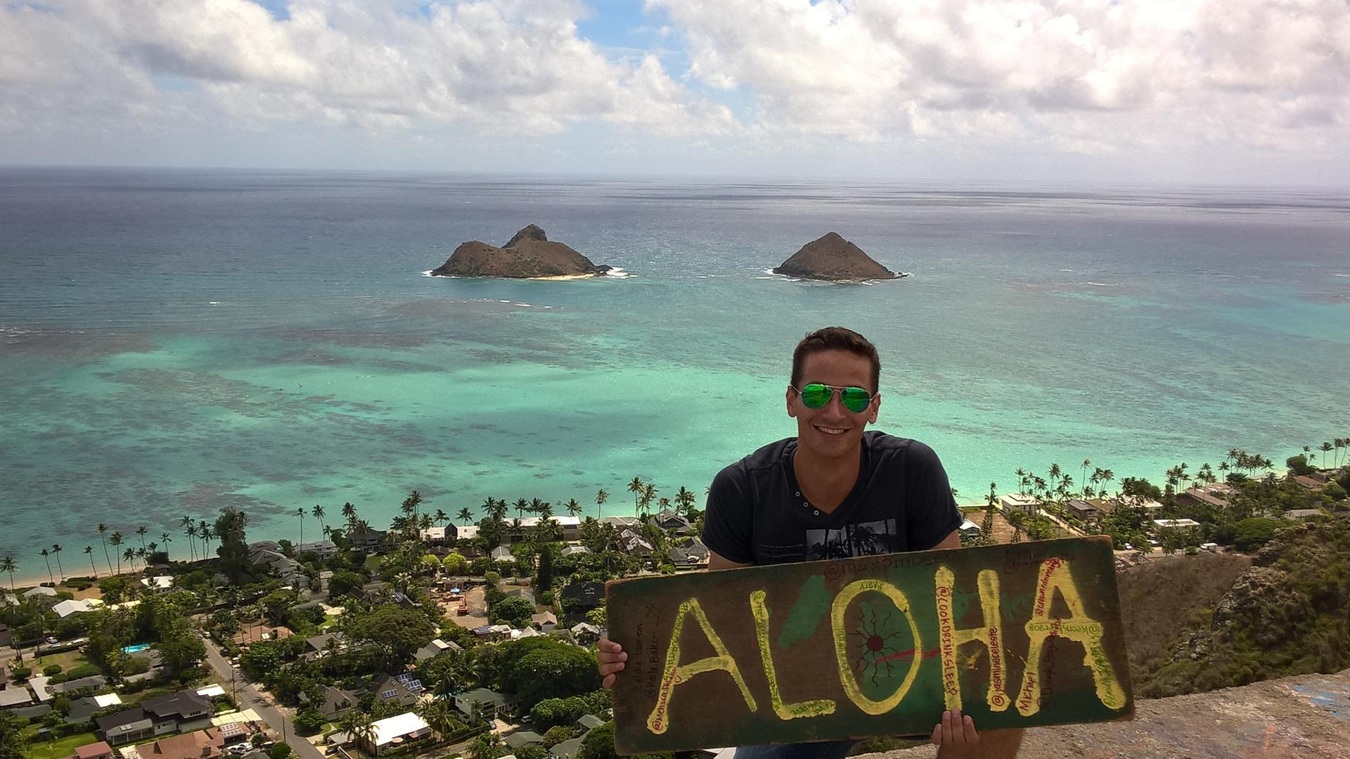 Aloha euch allen aus dem fernen Hawaii