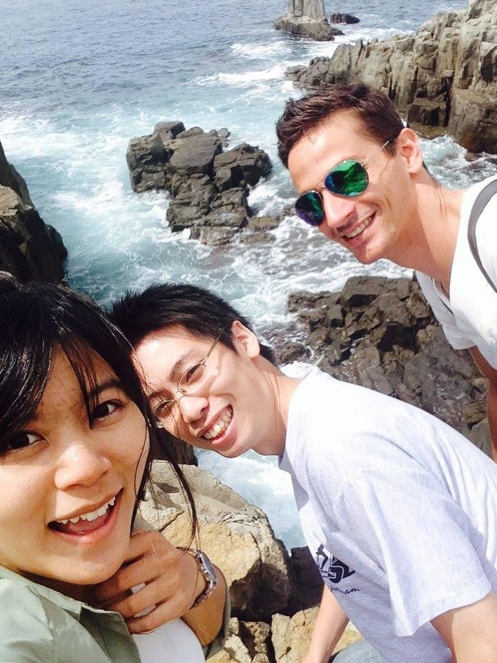 Alle drei zusammen: Bi Chu, Kyuji und ich (v.l.)