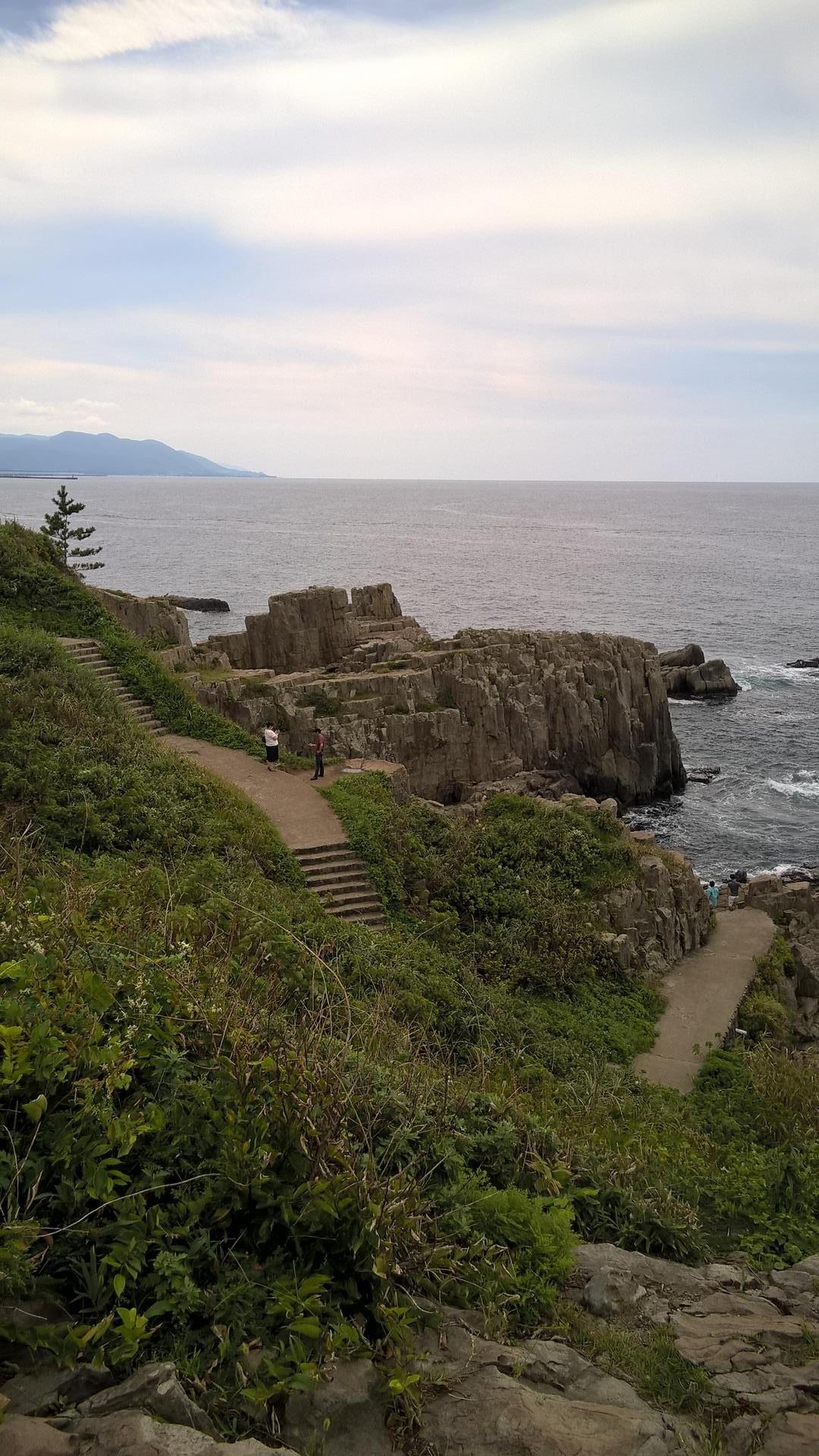 Suizid-Ort oder Touristen Attraktion: Mit Wegen ist hier manches gut erschlossen