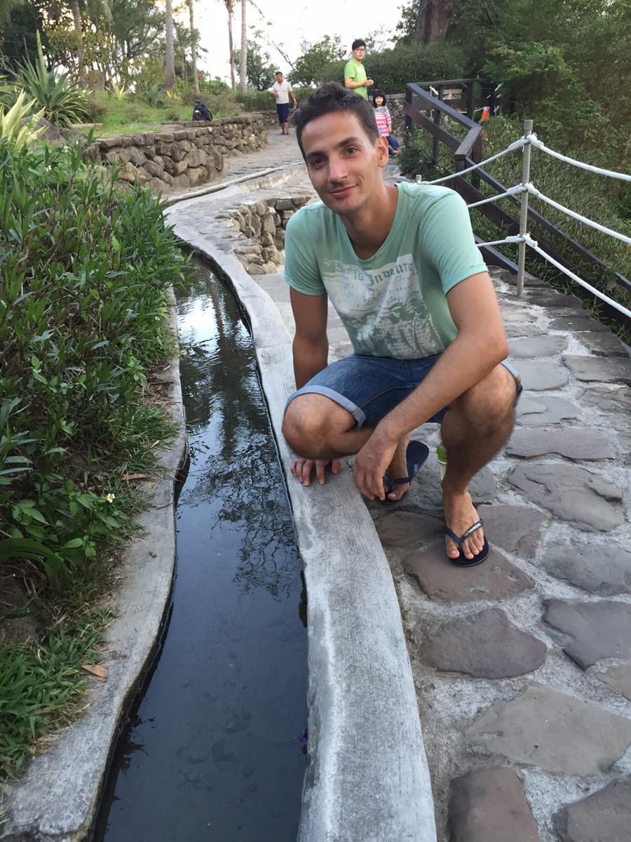 Hier fließt das Wasser Bergauf