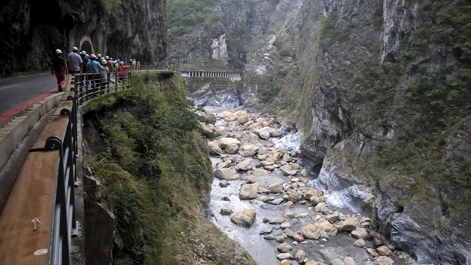 ... unter denen sich chinesische Touristen verbergen