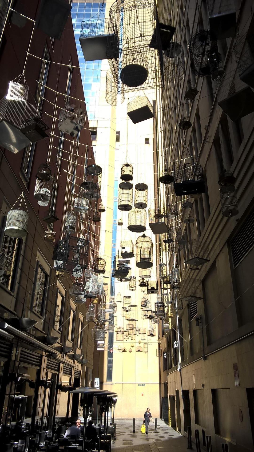 Die Kunstinstallation lässt einen die verschiedenen Vögel von Australien hören