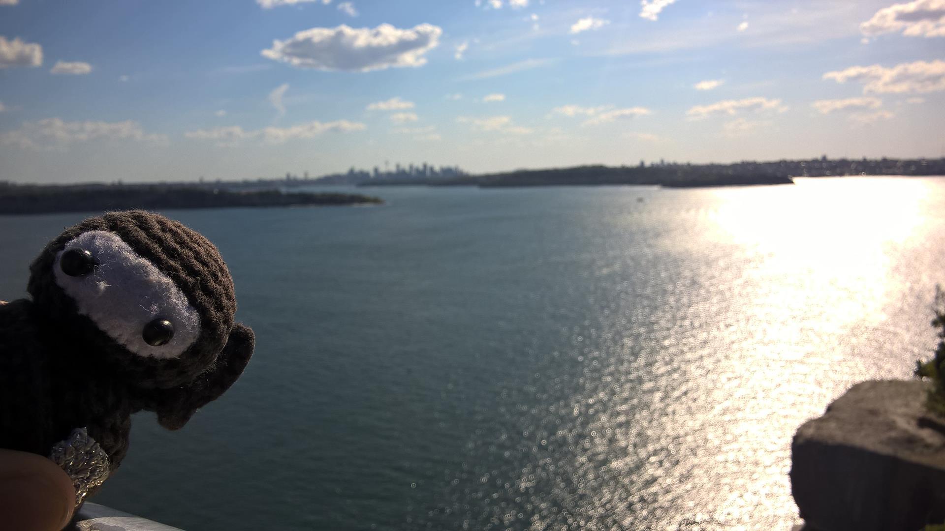 Neumel beim Posing: Da hinten ist Sydney