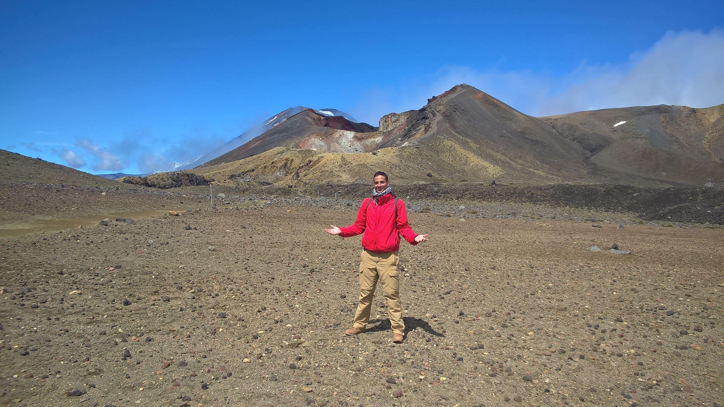 Mount Doom im Hintergrund