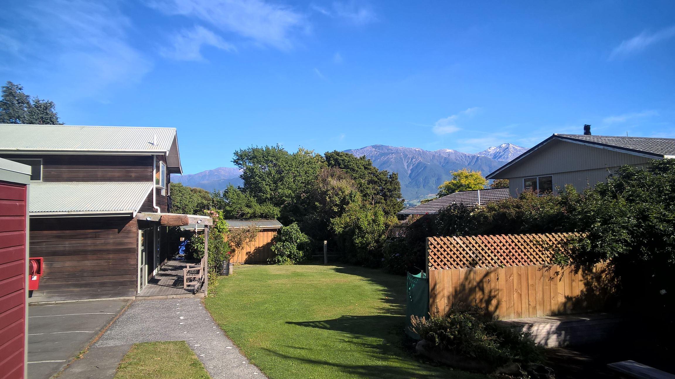 Von unserem Hostel aus sieht man sogar die Berge