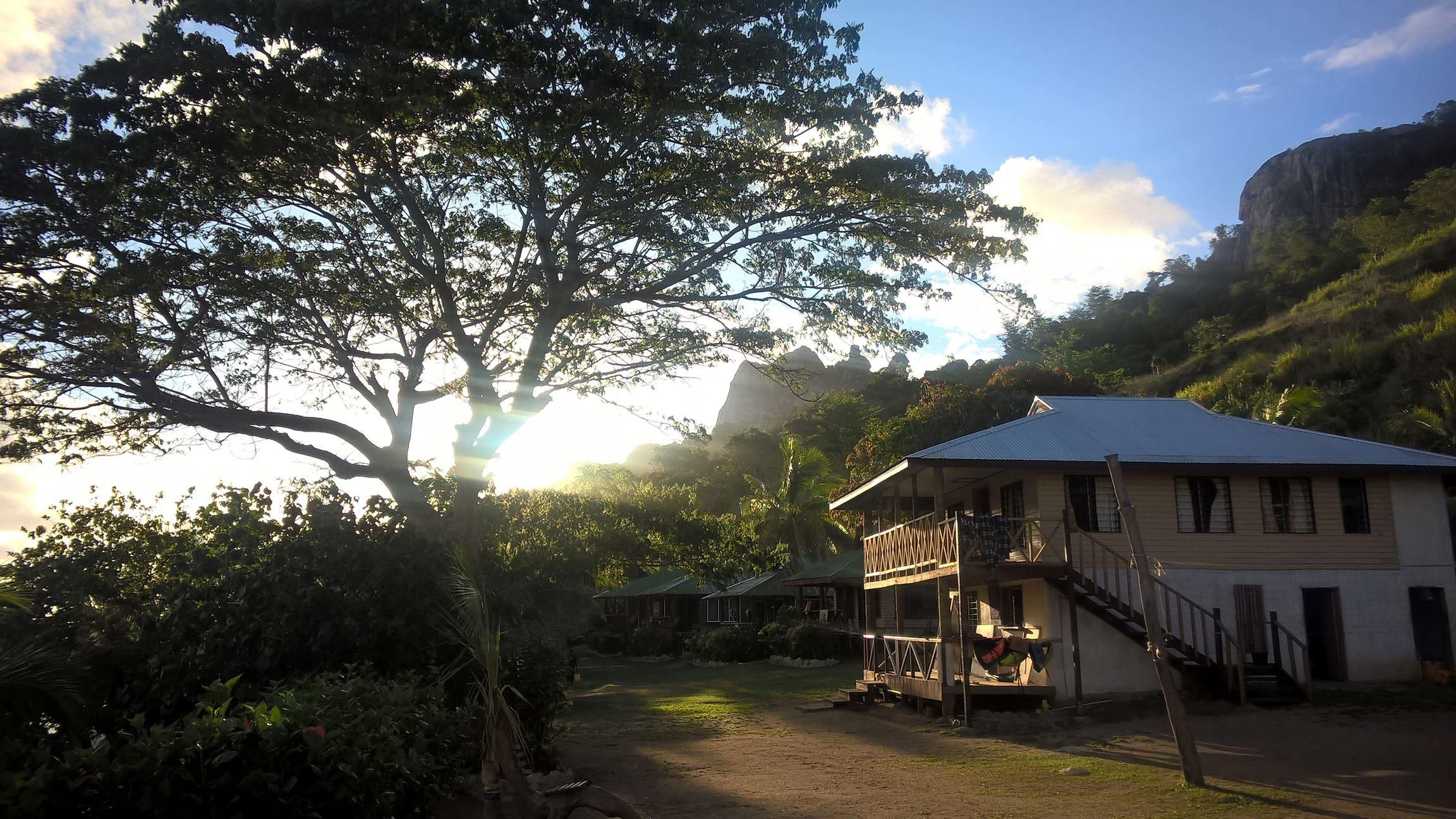Der Sonnenuntergang an der Naqalia Lodge...