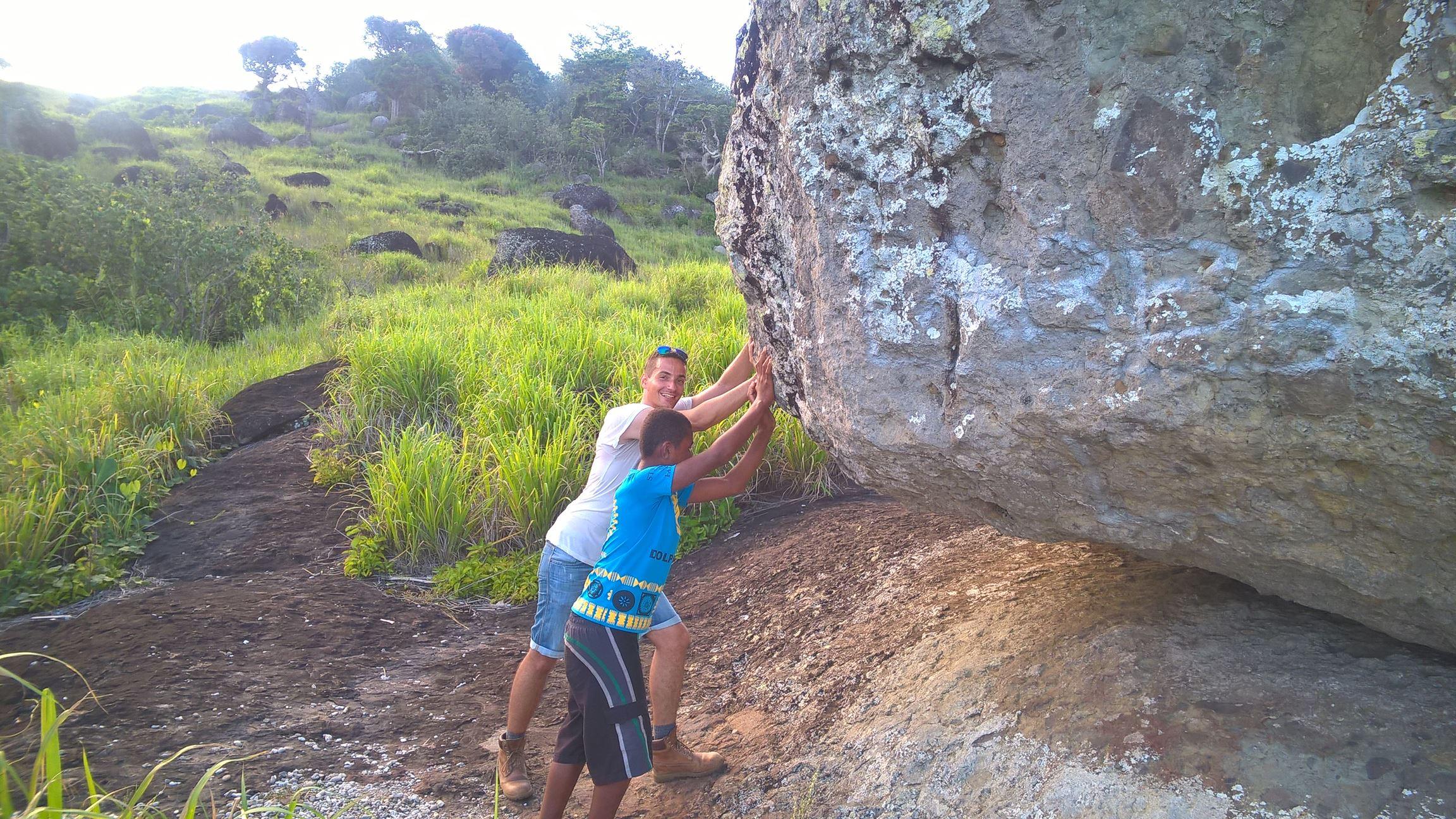 Man kann den ganzen Felsen wackeln lassen