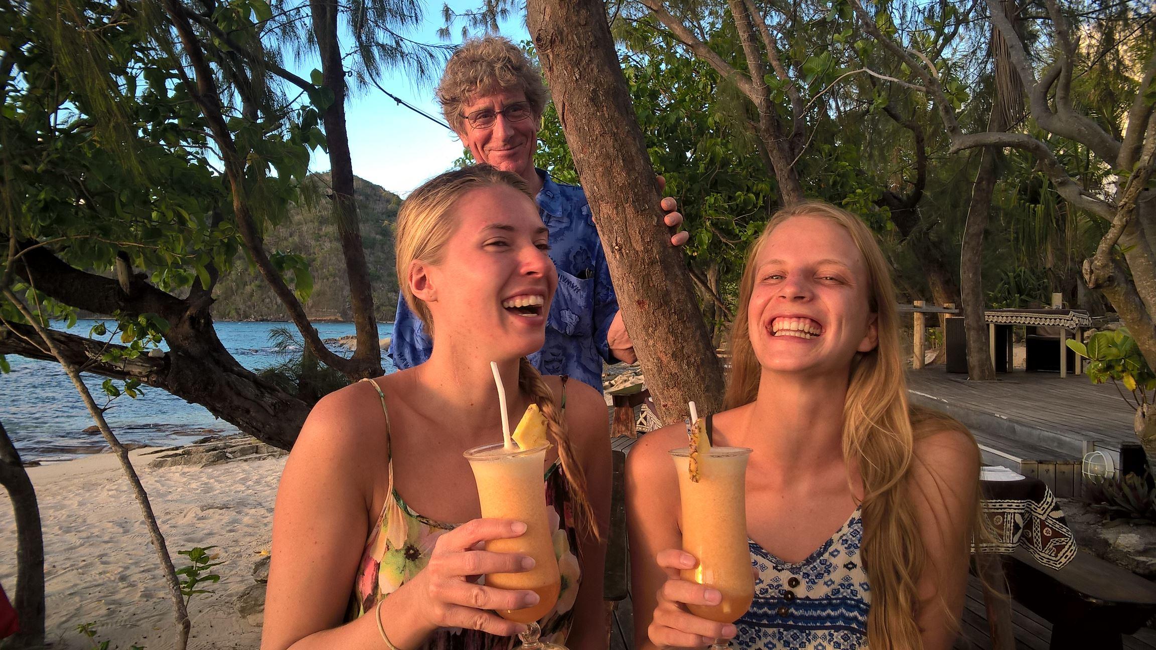 Ein Auszug aus der Spaßtruppe: Ronja, Patricia und im Hintergrund Mike