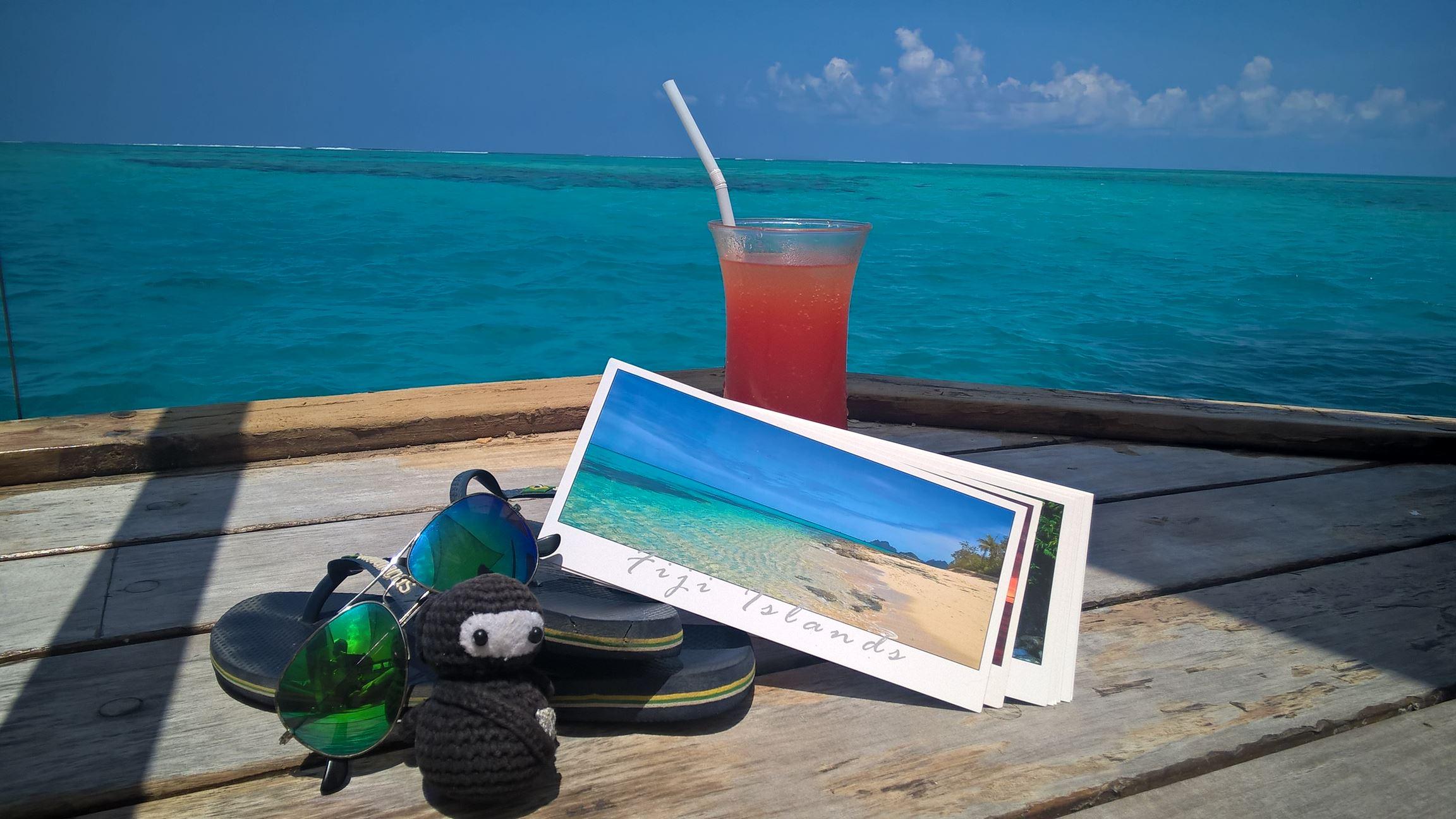 Another day in paradise: Mit alkoholfreien Cocktail und Neumel im Bilderbuch